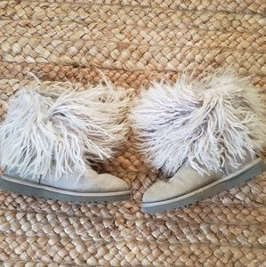 Mongolian fur ugg boots gray